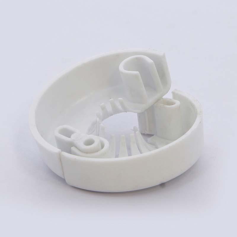 Розетка для трубы 10-18мм разъемная пластиковая белая TIEMME